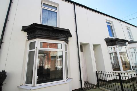 2 bedroom terraced house for sale - Victoria Avenue, Wellsted Street, Hull