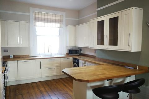 3 bedroom flat to rent - Lennox Mansions, Clarence Parade,PO5 2HZ