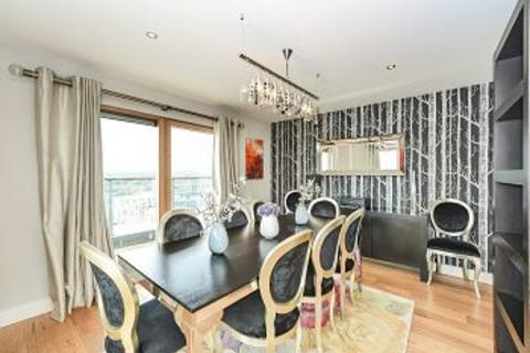 3 bedroom penthouse for sale - Beaufort Park,NW9 5FY