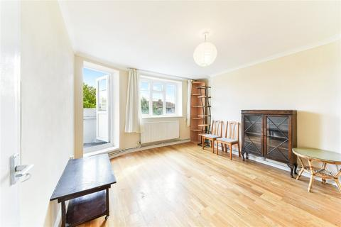 4 bedroom flat to rent - Frampton Park Road, London, E9