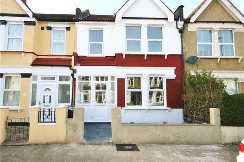 3 bedroom terraced house to rent - Estcourt Road, London, SE25