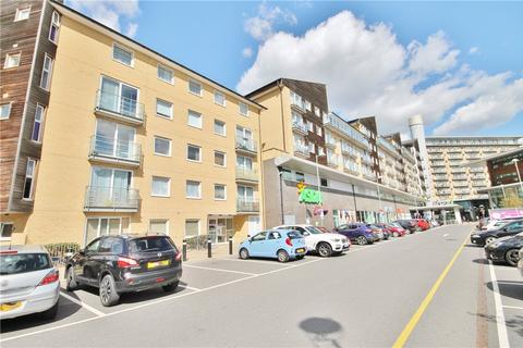 2 bedroom apartment for sale - Buddleia House, Tilley Road, Feltham, TW13