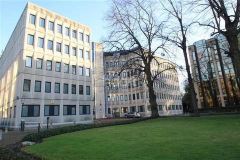 3 bedroom flat to rent - City Centre