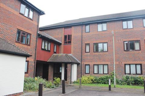 Studio to rent - Didcot,  Oxfordshire,  OX11