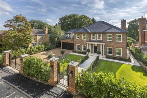 5 bedroom detached house for sale - Virginia Water, Surrey