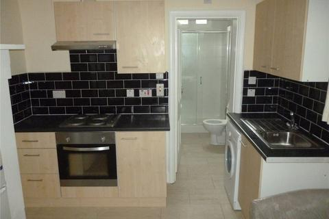 Studio to rent - Harborne Road, Edgbaston, Birmingham, B15