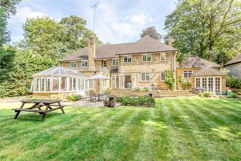 5 bedroom detached house for sale - Trout Rise, Loudwater, Rickmansworth, Hertfordshire, WD3