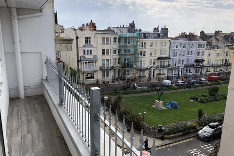 1 bedroom flat to rent - St. James's Street, BN2 1RG