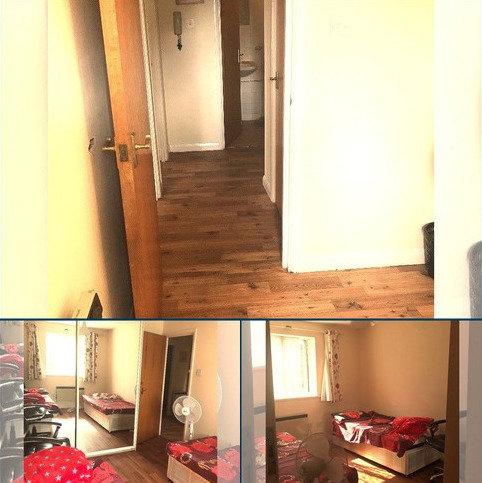 2 bedroom flat to rent - Frensham Close UB1