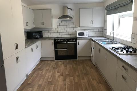 8 bedroom house share to rent - Southfield Road, Middlesbrough, , TS1 3HA