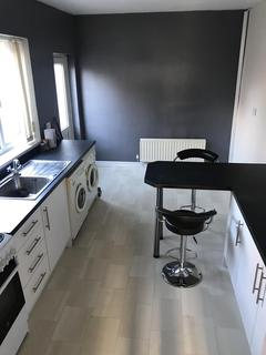 3 bedroom terraced house to rent - Egmont Road, Middlesbrough, , TS4 2HU
