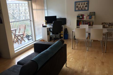 1 bedroom flat to rent - Saxton, The Avenue, Leeds LS9