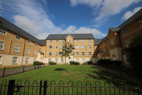 2 bedroom flat for sale - Malyon Close, Brintree
