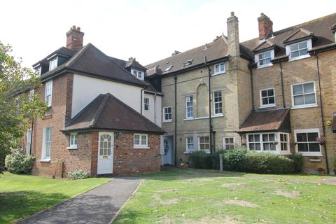 2 bedroom apartment for sale - Rectory Court, Marks Tey