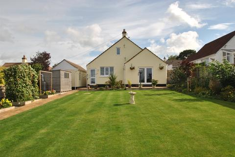 4 bedroom detached bungalow for sale - Exeter Gate, South Molton