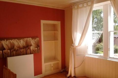 2 bedroom ground floor flat to rent - West Street, Penicuik, Midlothian