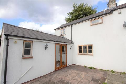 3 bedroom semi-detached house to rent - East End Road, Charlton Kings, Cheltenham, Gloucestershire, GL53
