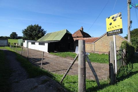 2 bedroom barn conversion for sale - Lower Street, Tilmanstone