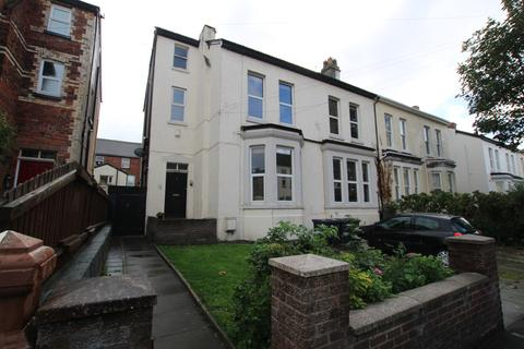 2 bedroom flat for sale - Courtenay Road, Liverpool, L22