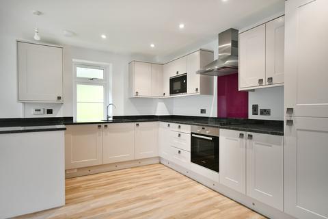 2 bedroom flat for sale - Beaufoys Avenue, Ferndown, Dorset