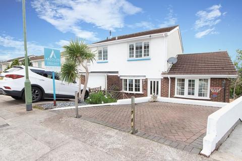 4 bedroom semi-detached house for sale - Singer Close, Paignton