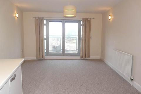 2 bedroom flat to rent - Royal View, 80 Grand Parade, Brighton