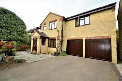 4 bedroom detached house for sale - Home Ground, Cricklade