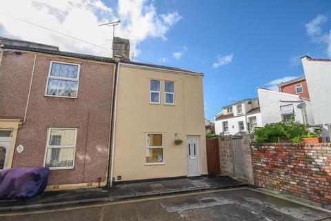 2 bedroom end of terrace house for sale - Dartmoor Street, Southville, Bristol, BS3 1HG