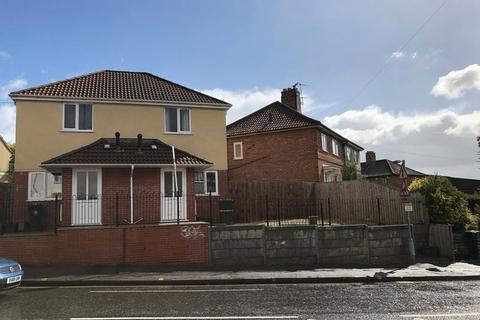 2 bedroom semi-detached house to rent - Whitehall Road, Bristol