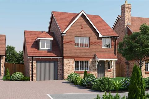 4 bedroom detached house for sale - Plot 11 Berrywood Close, Rochester, Kent