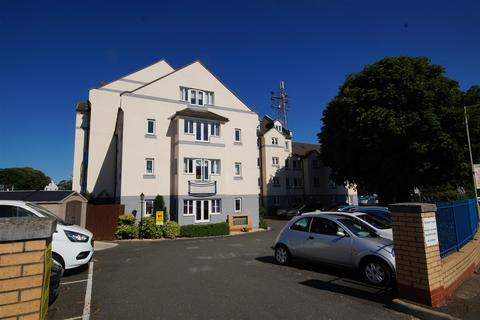 2 bedroom apartment for sale - Strand Court, Chingswell Street, Bideford
