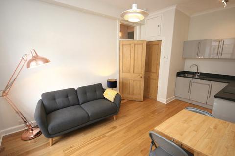 1 bedroom flat to rent - Dean Street