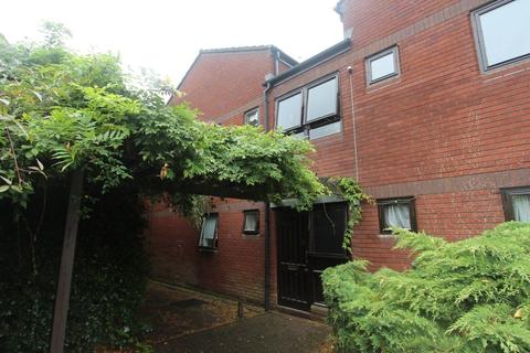 2 bedroom flat to rent - Harborough Road, Leicester