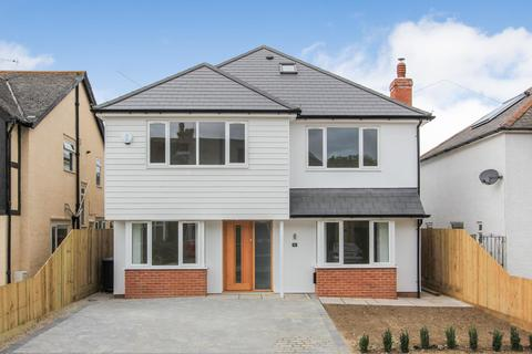 5 bedroom detached house for sale - Manor Road, Tankerton, Whitstable