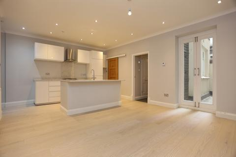 1 bedroom flat to rent - Brunswick Square, Hove
