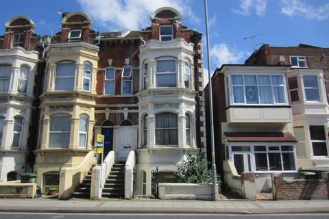 1 bedroom flat to rent - VICTORIA ROAD NORTH, SOUTHSEA