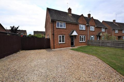 3 bedroom semi-detached house for sale - Kemps Road, Twyford