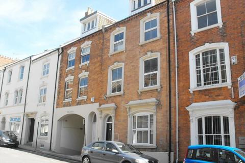 1 bedroom flat to rent - TOWN CENTRE - UNFURNISHED.