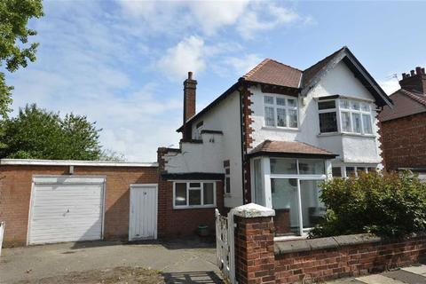 3 bedroom detached house for sale - St Ives Road, Claughton, CH43