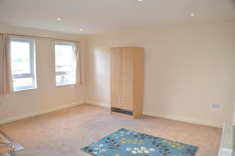 Studio to rent - Mortimer Gardens, Tadley