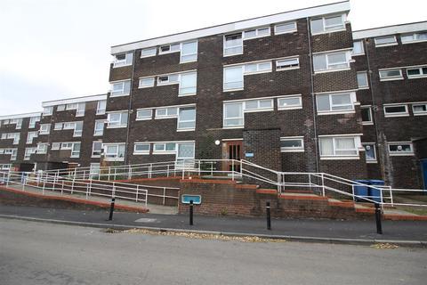 2 bedroom flat for sale - Shawbridge, Harlow