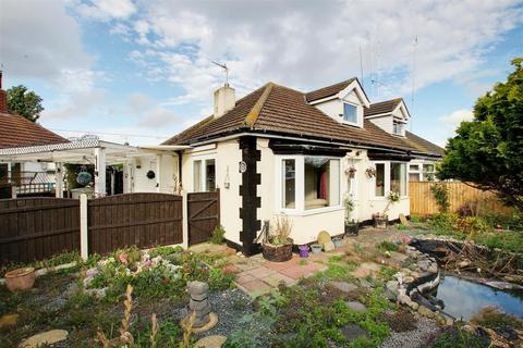 3 bedroom semi-detached bungalow for sale - Long Acre, Mablethorpe
