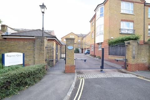1 bedroom flat to rent - Gwynne Close, Regency Quay, London