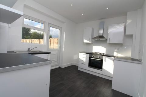 3 bedroom end of terrace house to rent - Grangemill Road,  Catford, SE6