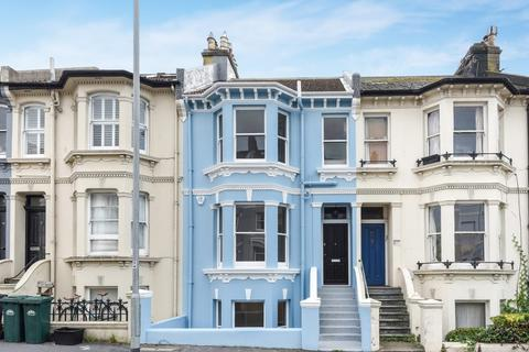 4 bedroom terraced house for sale - Queens Park Road, Brighton, , BN2