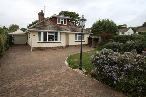 3 bedroom detached bungalow to rent - Farm Lane South, Barton on Sea