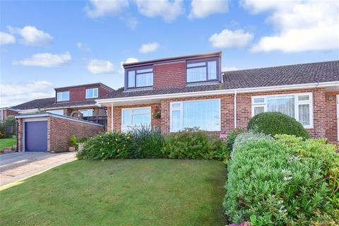 3 bedroom bungalow for sale - Valestone Close, Hythe, Kent