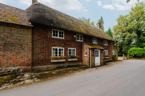 2 bedroom character property for sale - Mildenhall, Marlborough, Wiltshire
