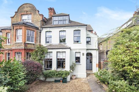 5 bedroom semi-detached house for sale - Killieser Avenue, Streatham