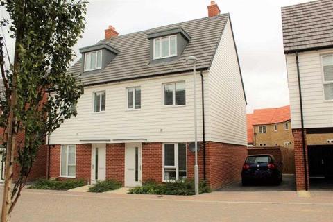3 bedroom semi-detached house for sale - Desmond Hubble Way, Ashford, TN23
